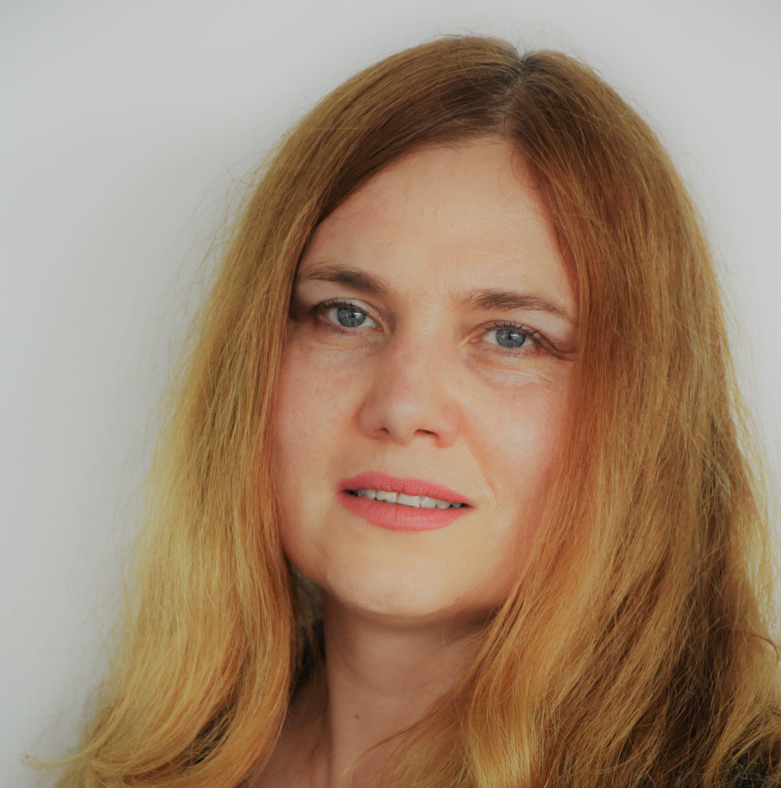 Dr. Natalia Odobescu